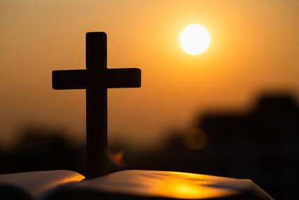Bibel © Tinnakorn - fotolia.com