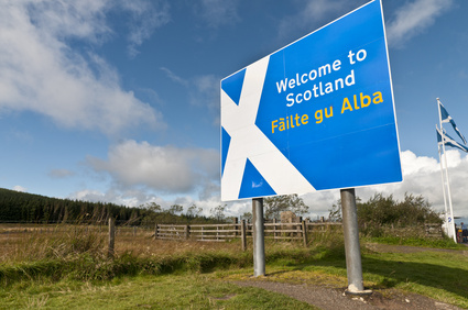 Welcome to Scotland sign © milesgilmour - Fotolia.com