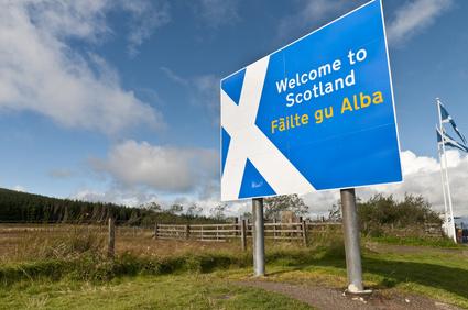 Welcome to Scotland sign © milesgilmour - Fotolia.com