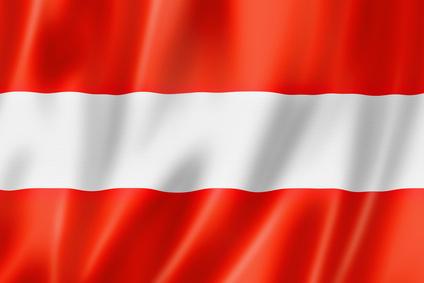 Österreichische Flagge © daboost - Fotolia.com