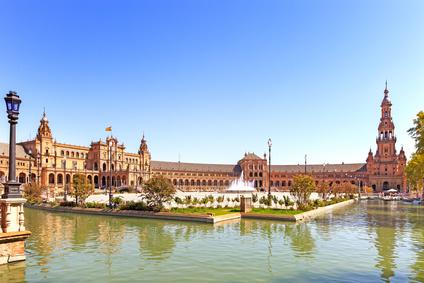 Plaza de Espana in Sevilla © stevanzz – Fotolia.com