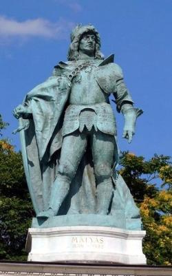 Matthias Corvinus Statue